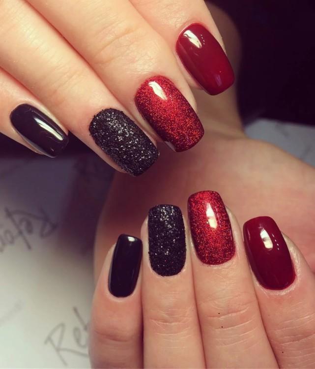 Черно-красный маникюр - всегда модно